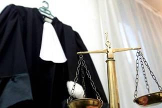 Почему судьи в черном?