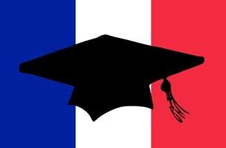 Как иностранцу поступить в университет Франции?