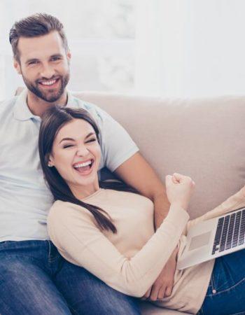 можно получать зарплату на карту мужа жены