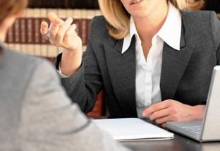Представлены новые правила работы с клиентами для нотариусов и адвокатов