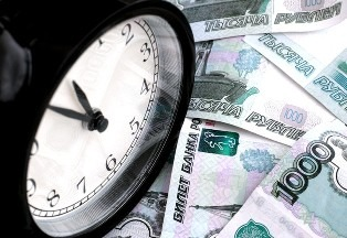 Суд уменьшил неустойку без требования должника