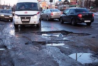 Повышение налогов мотивируют плохими дорогами в России