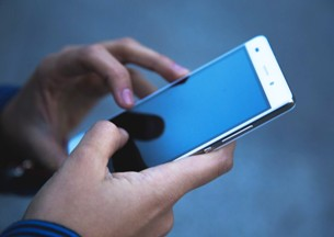 Провайдеры будут хранить все сообщения и звонки россиян уже с этого года