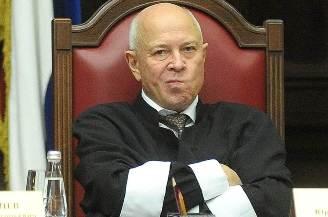 Судья Данилов раскритиковал КС за признание конституционной несуществующей нормы УПК