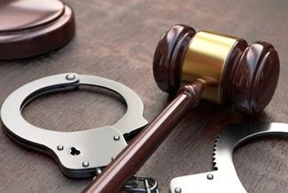 Верховный суд запретил автоматическое продление изначального ареста на все время следствия