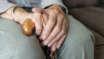 законопроект о снижении пенсионного возраста
