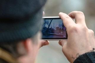 Верховный суд объявил незаконными штрафы за нарушение ПДД на основании фото и видео с телефона