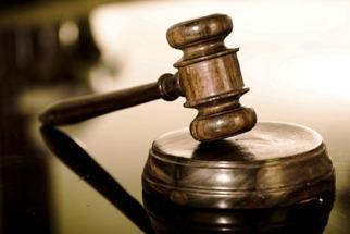 Подозреваемых в некоторых экономических преступлениях запретили заключать под стражу
