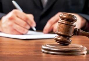 Верховный суд уточнил, когда реальный срок обвиняемым можно заменить штрафом