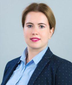 Полина Гусятникова