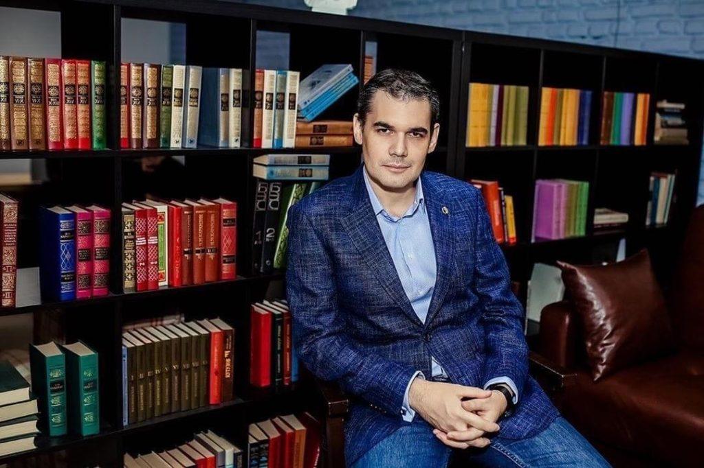 Адвокат Шаров Денис Васильевич