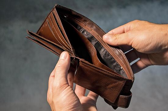 Граждан планируют защитить от долгов их полных тёзок