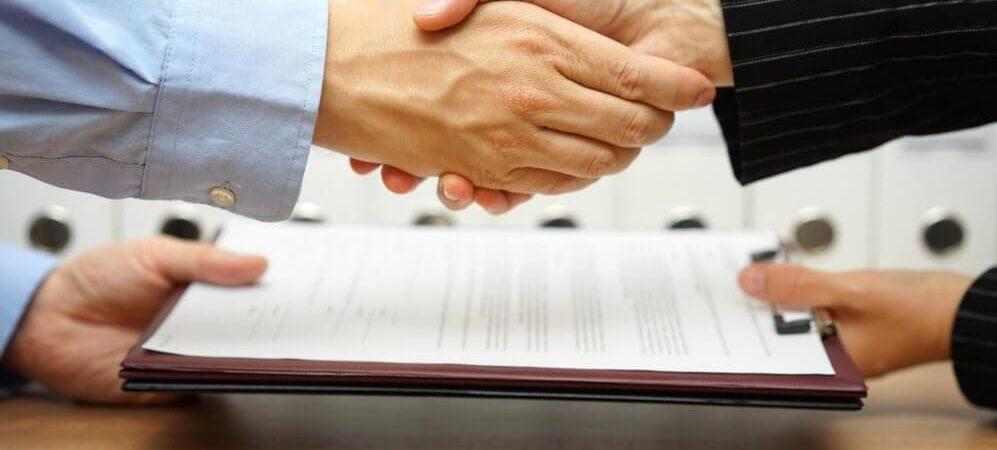 Ответит ли нотариус за поддельную доверенность?