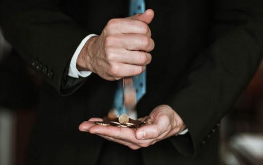 Жизнь должников может стать проще: в Государственной Думе рассматриваются законопроекты, в разы облегчающие положение должника.