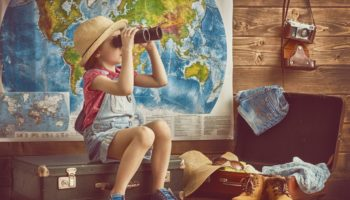 Госдума планирует упростить выезд детей за границу