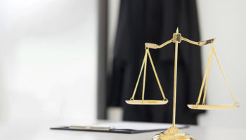 КС РФ напомнил судьям о запрете на двойное гражданство
