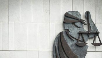 ВС РФ рассказал о взыскании судебных расходов и неисполнимости судебных актов