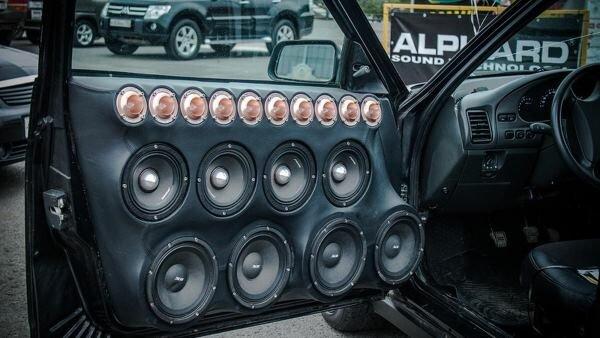 В России могут увеличить штрафы для шумных водителей